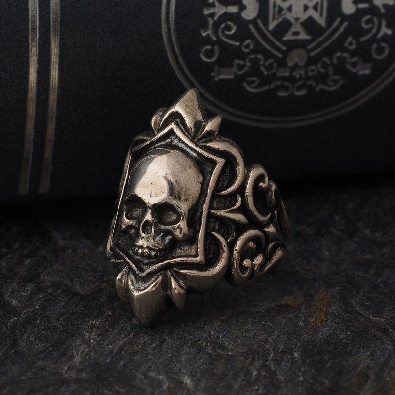 Baroque embossed 骷髅 badge ring 925 sterling silver