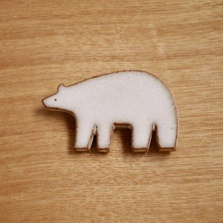 Porcelain polar bear brooch