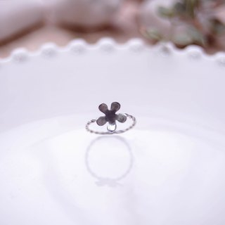 · Flower gesture · 925 sterling silver handmade ring