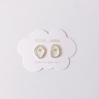 Golden Picture Frame Series - Dry White Rose Stick Ear Hand Earrings Ear/Ear clip