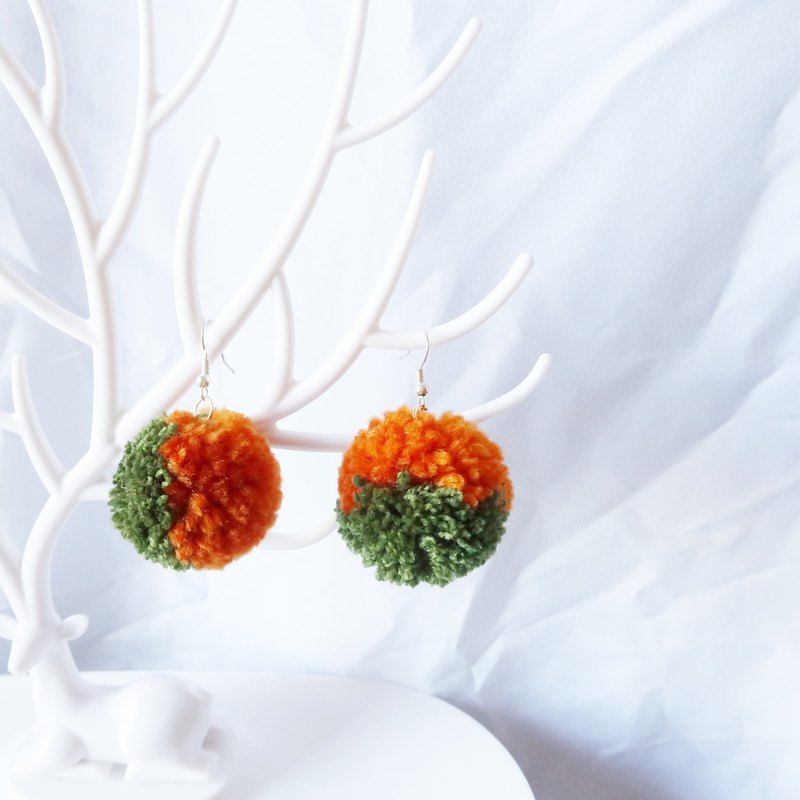 Hair ball series - pine cone green ear hook ear clip