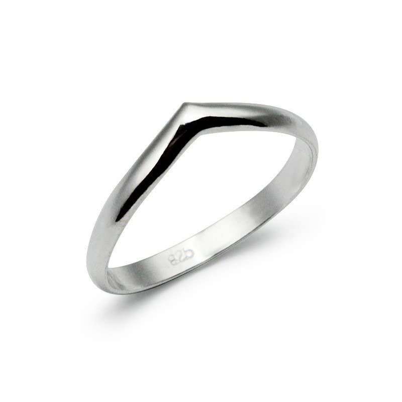 Korean Triangle Ring
