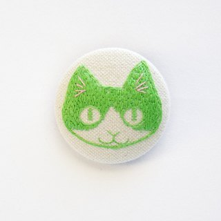 cat face embroidery brooch