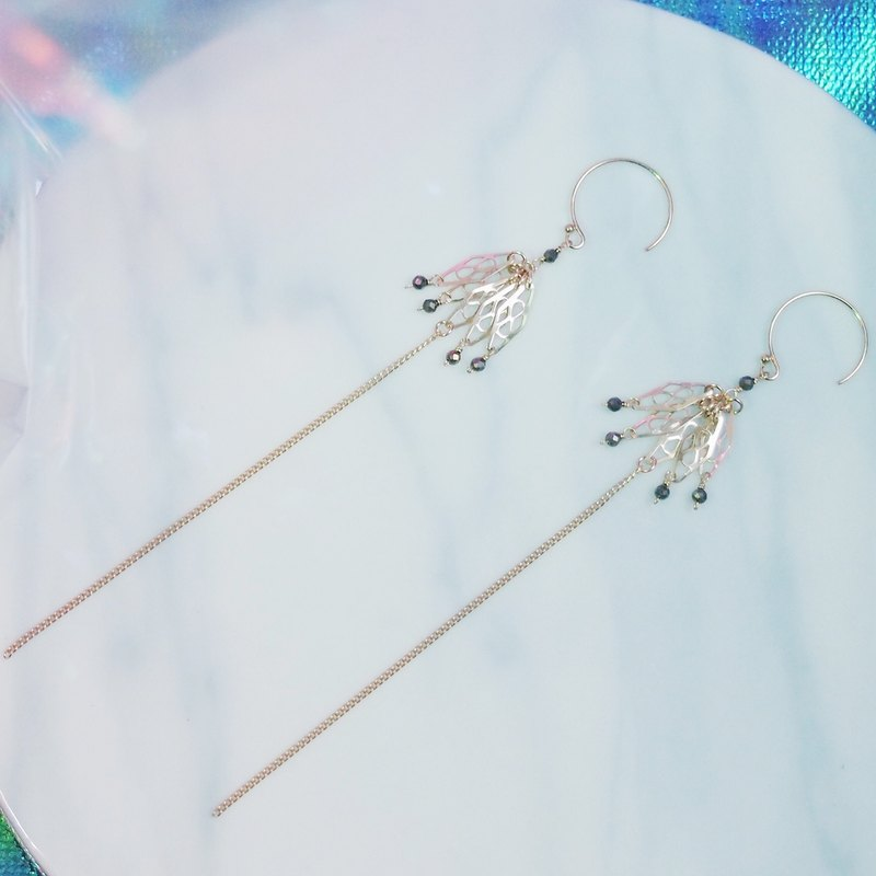 Swanlace drape fan-shaped hollow piece long tassel handmade 14kgf gold earrings / ear clip