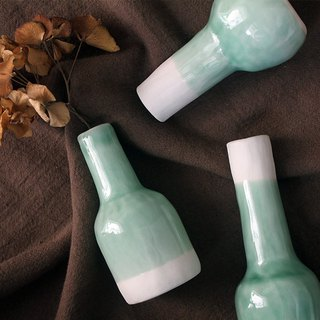 - Lake Green Vase - | Spring | Space Decoration | Ambiance Helper | Limited | Personal Style