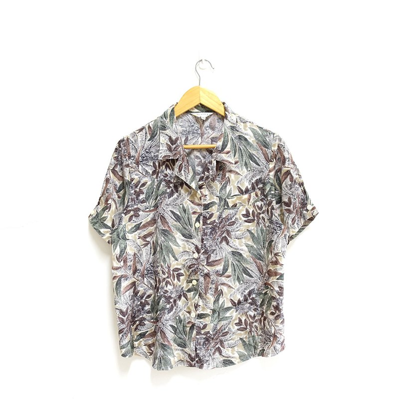 │Slowly│ Jungle - vintage shirt │vintage. Retro. Literature