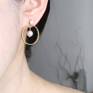E067-同在-Brass Pearl Earrings