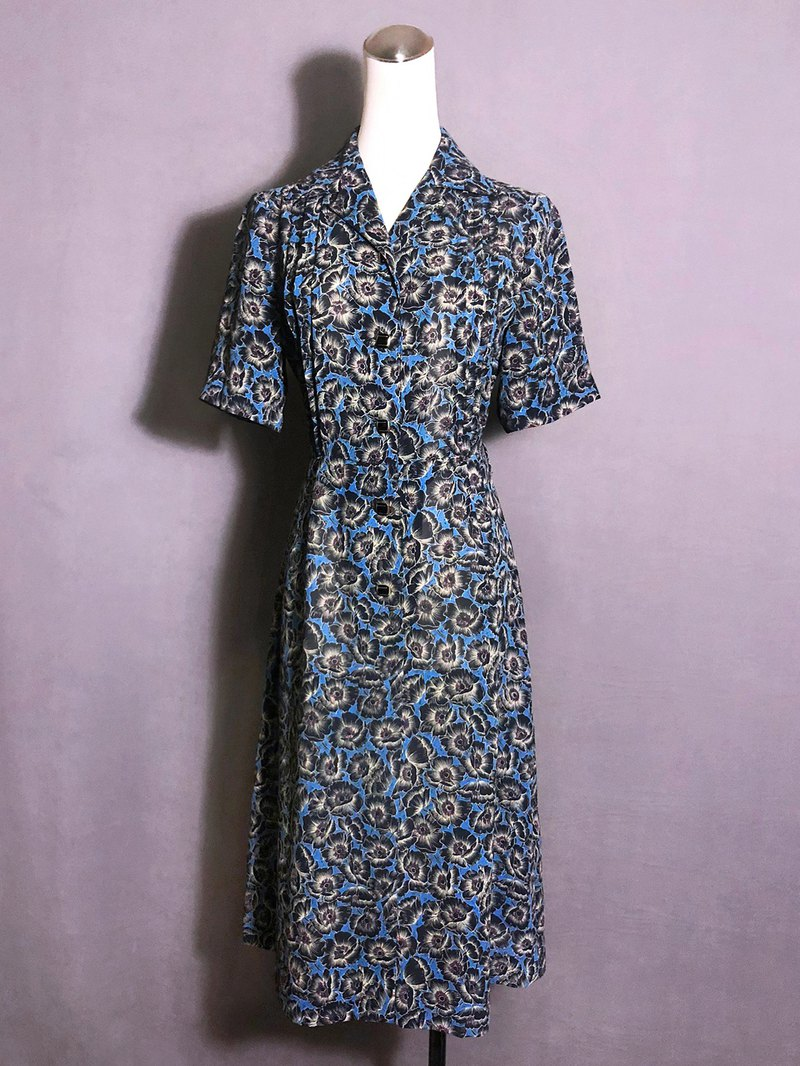 Luminous blue flowers short-sleeved vintage dress / abroad brought back VINTAGE