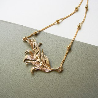*coucoubird*flying feather necklace