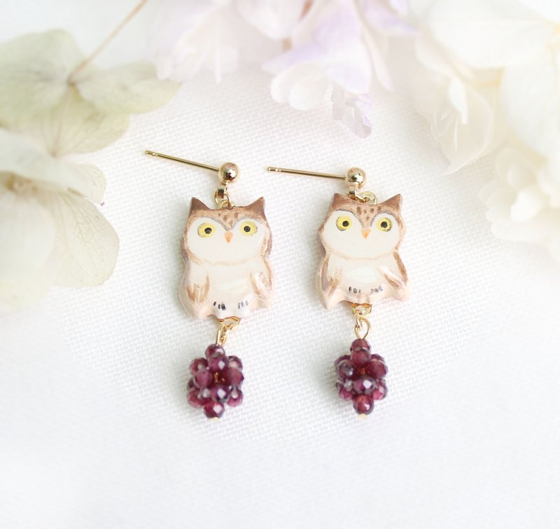 Owl earrings / ear clips / purple beads / hand-painted / animals