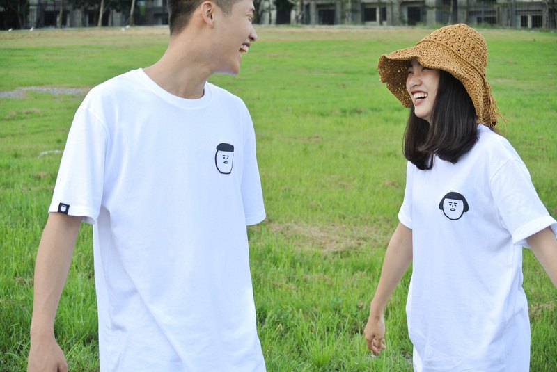 1 + 1 combination | 1G Jenny three-dimensional big head white short sleeve