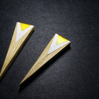 Wooden Triangle Earrings No.27