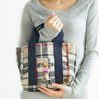 Japanese letter embroidery Acolory-Hug2nyan cat Check Tote