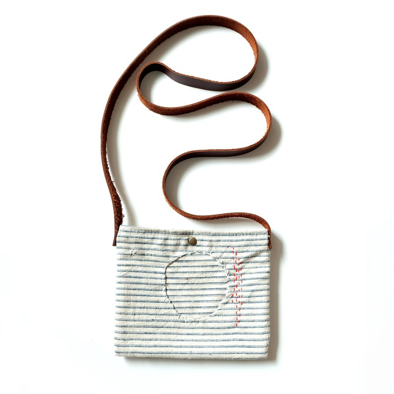 VINTAGE Personality Original Retro DIY Handmade Shoulder Messenger Cell Phone Jewelry Small Cloth Splicing