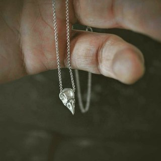 Crow Skull Clavicle Chain CrowSkull Clavicle chain