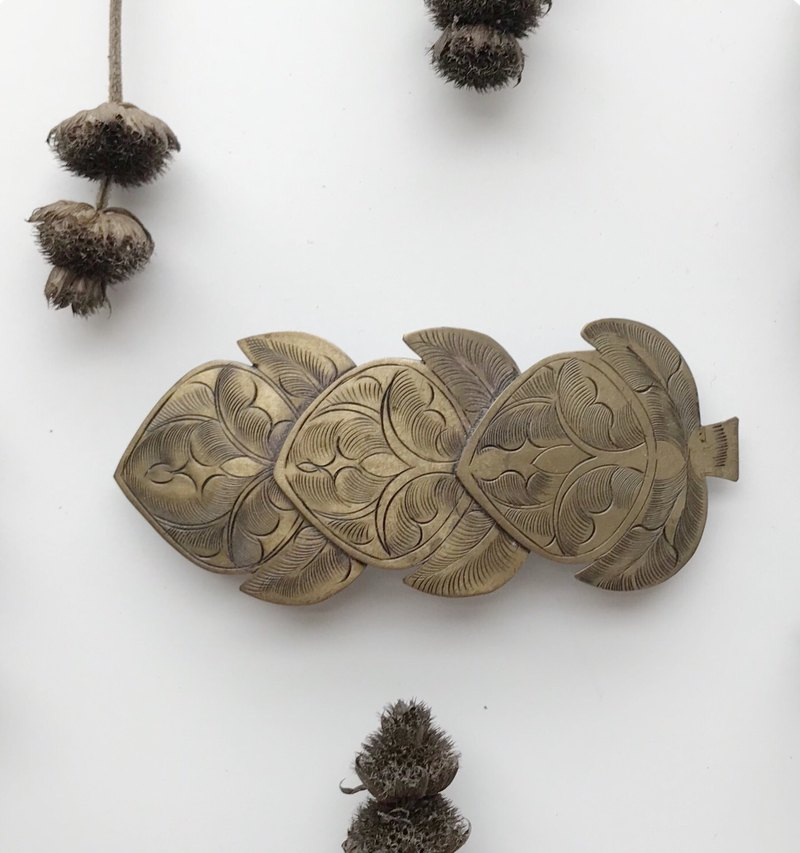 Fruit harvest / early classical copper hair clip