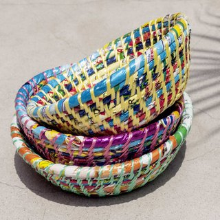 Chinese Valentine's Day gift Valentine's Day limited handmade woven basket / storage basket / rattan basket / recycled woven basket / candy paper woven basket / jewelry plate / jewelry box / office small things-recycling design colorful rainbow for