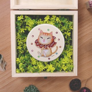 ChinChin painted cat sided small round mirror - chocolate donut