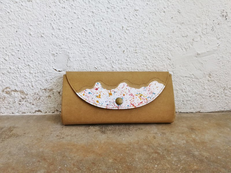 <Tear out color> Color flower organ wallet
