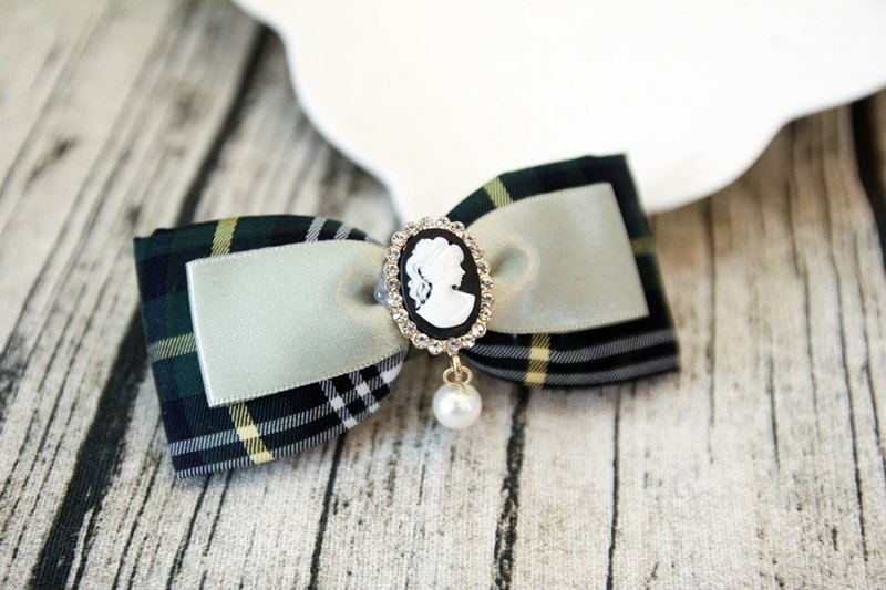 Sweet House Green Plaid bow handmade French clip limit