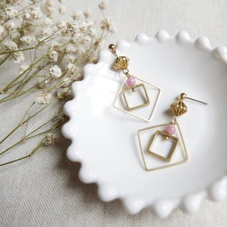 Geometric series. Big box earrings