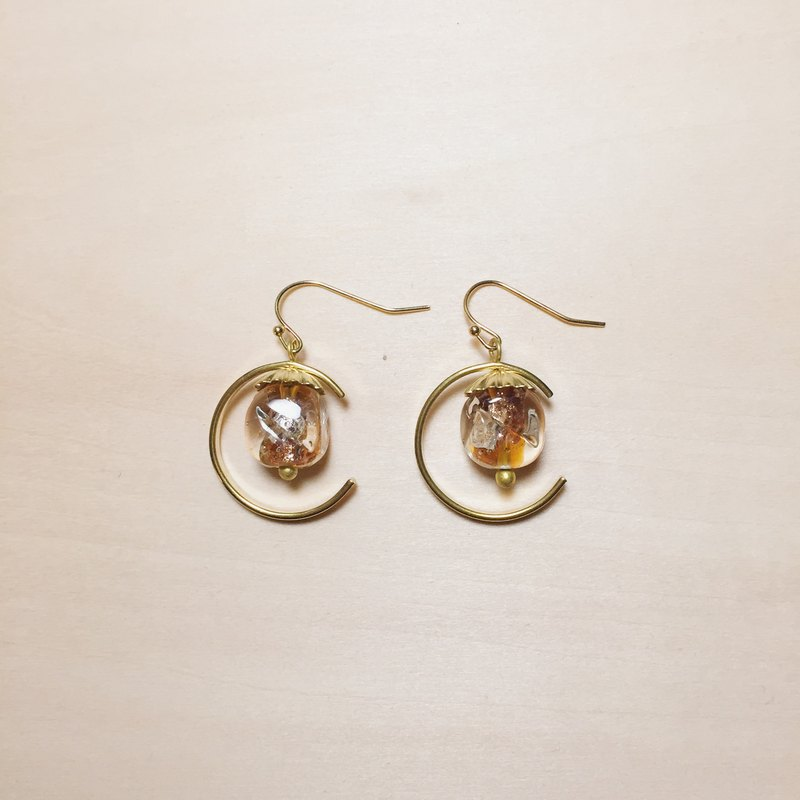 Vintage Moon Amber Glass Lotus Leaf Earrings