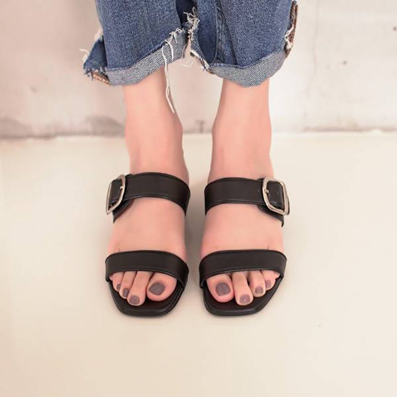 Adjustable double strap! Retro big square sandals and slippers black MIT-black smoked