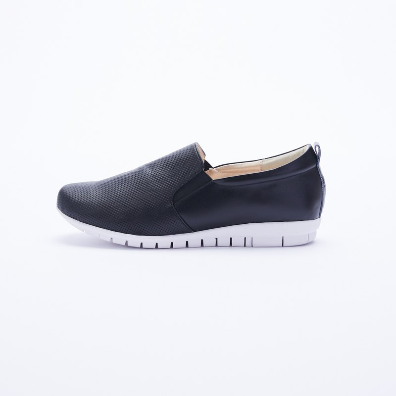 Large size women's shoes 41-45 Taiwan made fashion casual wind simple leather loafers 2.5cm black