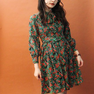 Vintage Autumn and Winter 70s Dark Black Green Red Floral Long Sleeve Vintage Dress Vintage Dress