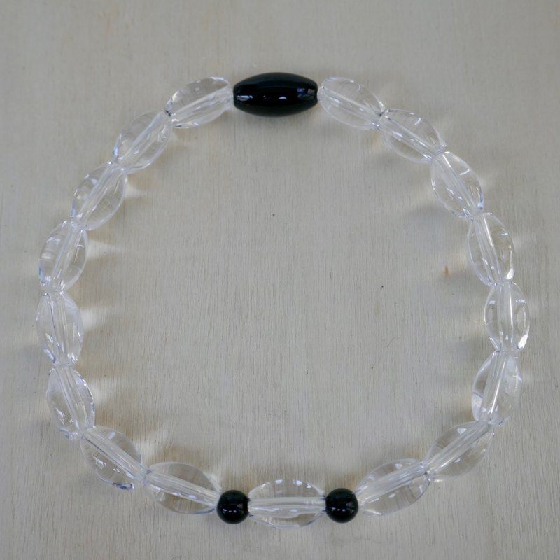 BR0380 - Natural Gemstone Bracelet - Design and Manufacture - Natural Black Onyx and White Crystal