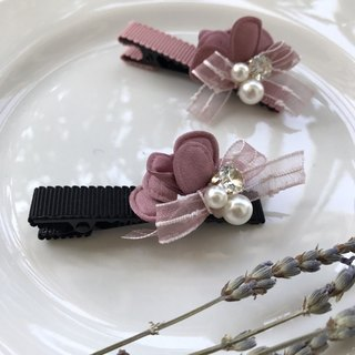 a bunch of flower hair clips