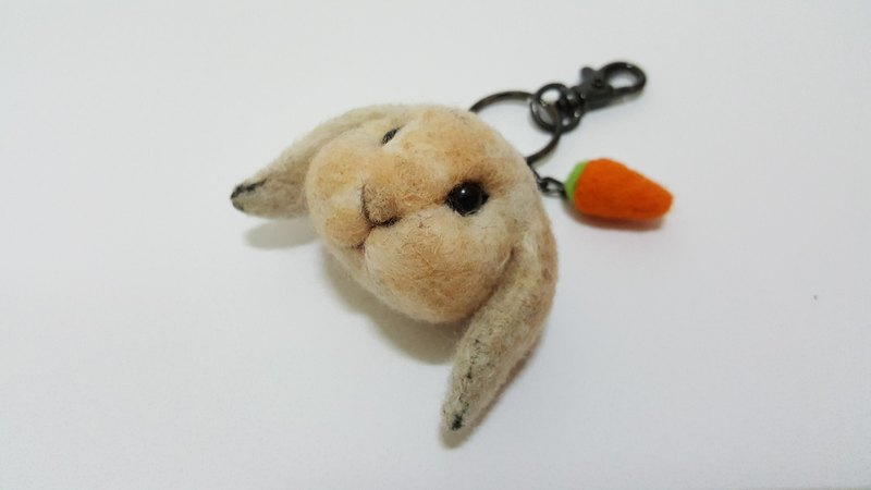 Wool felt bunny big head Meng Q version of the real custom key ring / pin