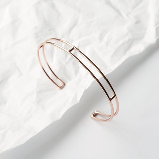 Minimal Rose Gold Wire Bangle