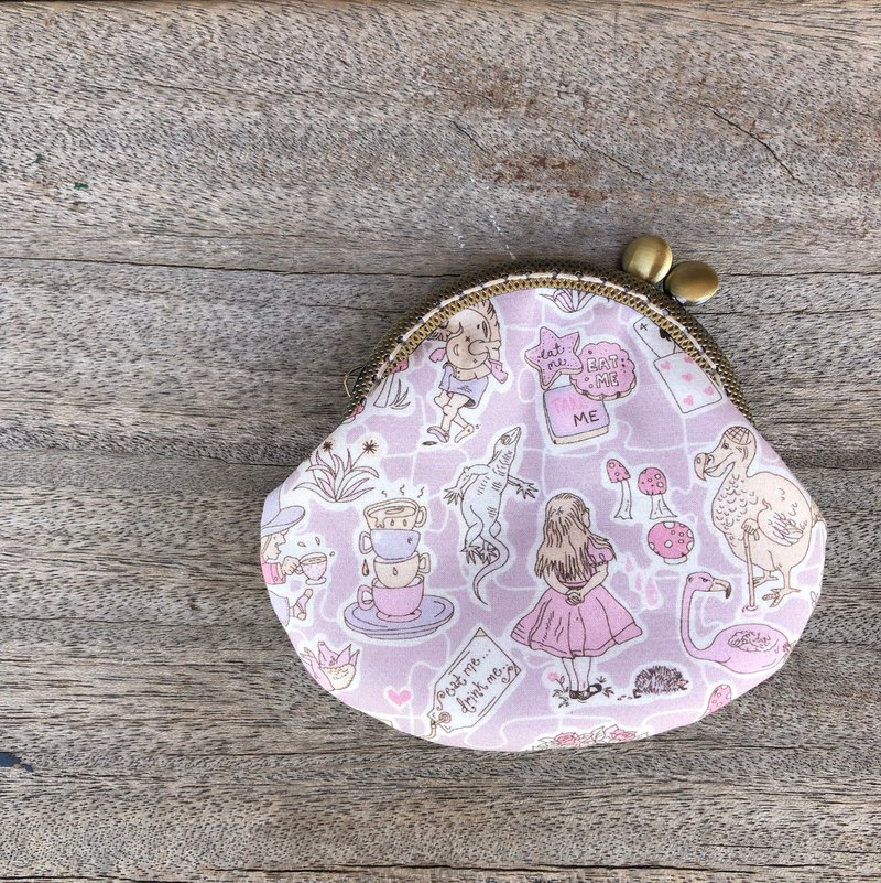 Liberty printed cloth. Pink Alice Coin Purse