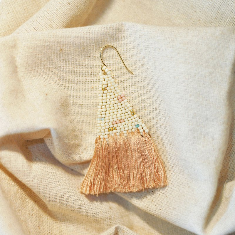 Mauve Tassel Bead Earrings