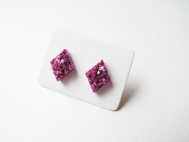 Rosy Garden pink rocks chip resin earrings