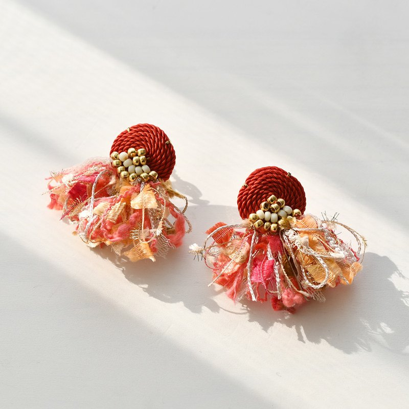 イヤリング/String tassel earrings /Orange