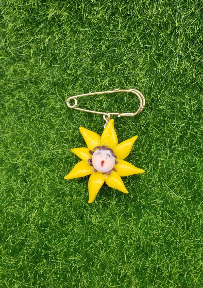 Cute face, sun flower, soft pottery brooch