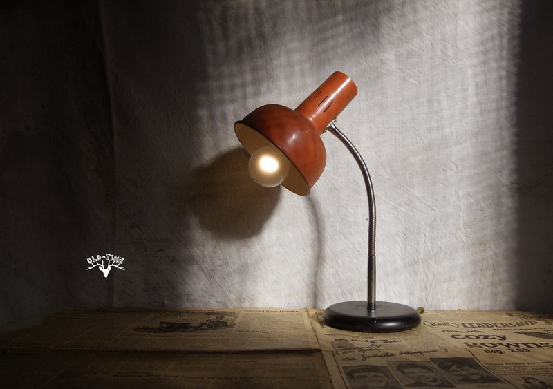 [Old Time OLD-TIME] Early Taiwanese table lamp