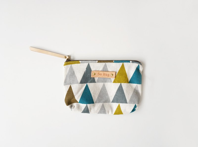 Literary Nordic handmade canvas clutch bag Mori triangle print zipper purse cosmetic bag can be customized