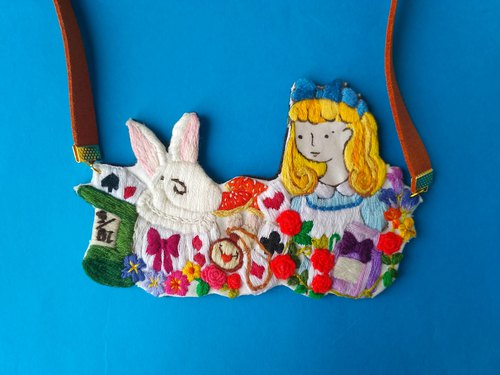 illustration embroidery Alice in the wonderland necklace ( large)