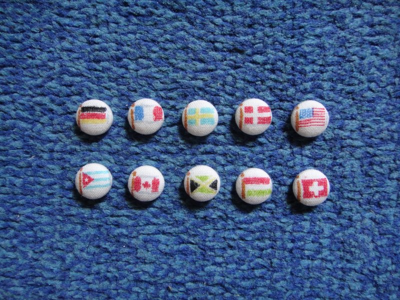 ◕ single sale only, limited Japanese cloth. (C) flag flags _ cloth button earrings C22BT / UX31