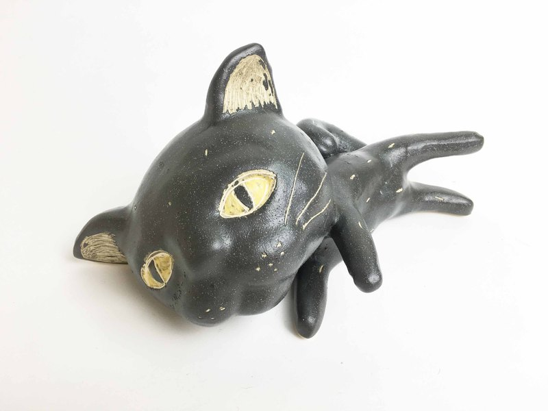 Nice Little Clay three-dimensional handmade decorations _ big black matte lazy cat 0502-03
