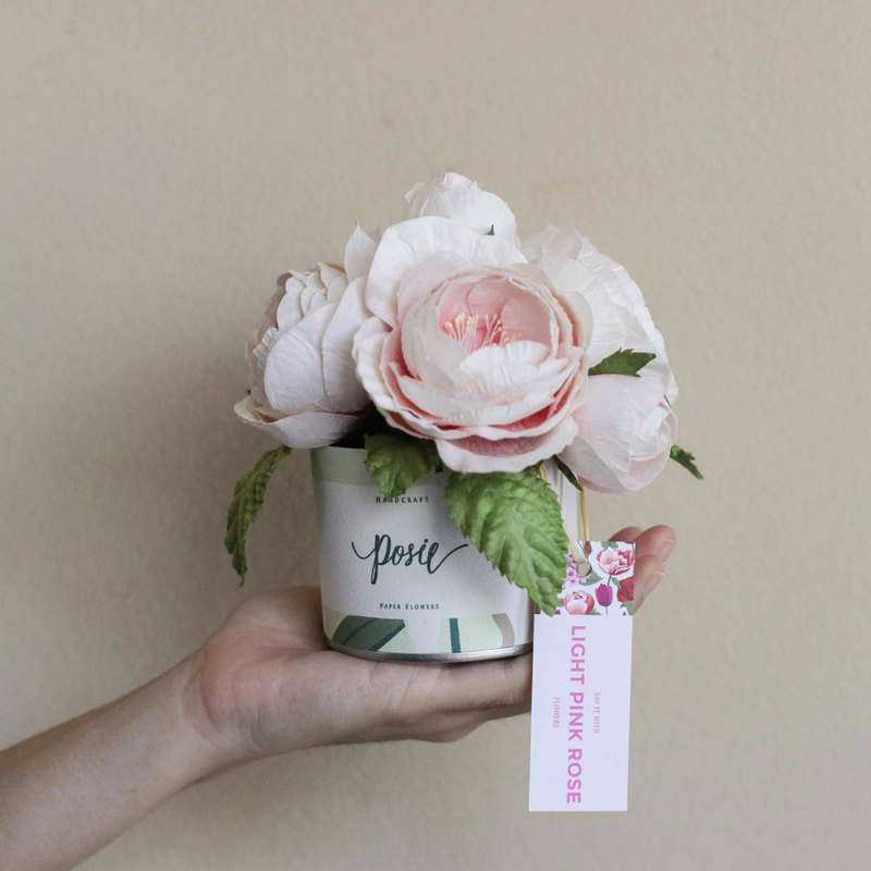 White Pink Queen Rose - Aromatic Small Gift Box