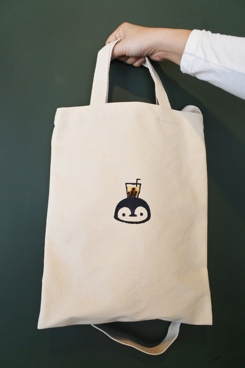 Pearl milk tea small blue penguin canvas bag hand-printed / wool felt Zhen milk oblique back / side back / portable