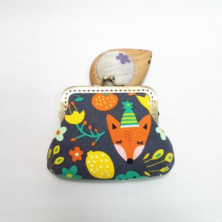 Fox and small bird mouth gold bag / wallet / storage bag
