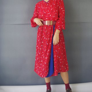 Treasure Hunting Vintage - Red and Blue with Chiffon V-neck Vintage Dress