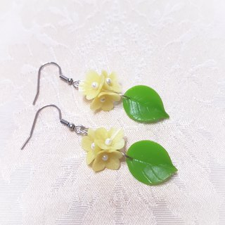 Meet series ~ small yellow flower earrings / ear hook / ear clip