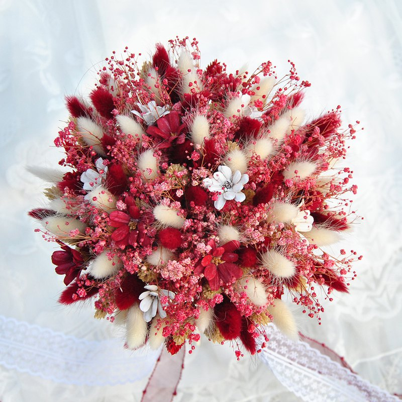 Spot Dry Bouquet-Red Gypsophila Bunny Proposal Bouquet/Bridal Bouquet/Outdoor Bouquet