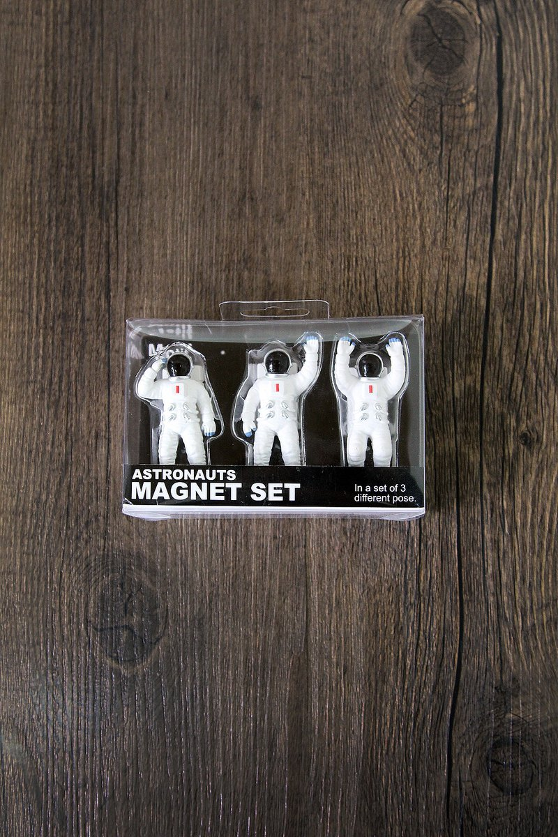 Japan Magnets super cute spaceman fun magnet group (a group of three) - gift recommendation